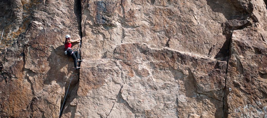 Ольга Тачановская на скалах
