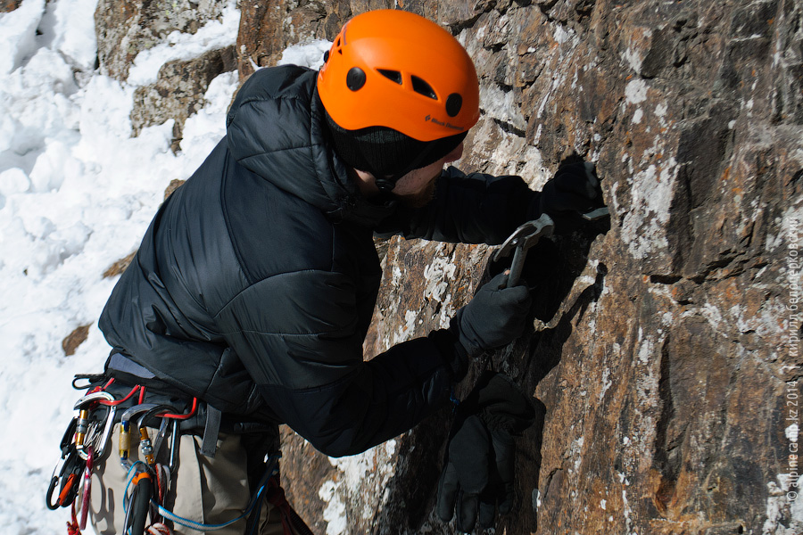 Максим Высотин на скальных занятиях